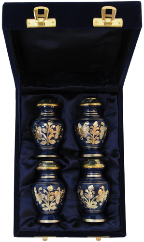 042-C - 4 Mini Brass Urn<br>Velvet Box
